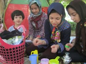 دور همیهای کودکانه اعضای کانون بشرویه در پارک گلستان