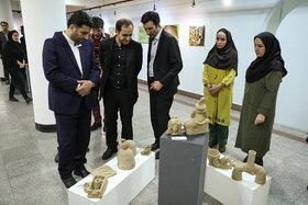 بازدید مدیرعامل از نمایشگاه هنرهای تجسمی اعضای کانون در نگارخانه صبا