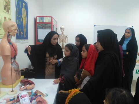 آشنایی اعضای مرکز فرهنگیهنری سراوان با کمکهای اولیه