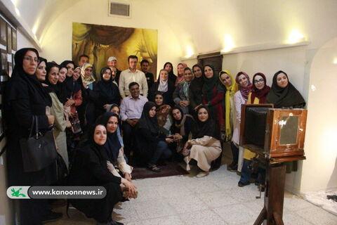 کارکنان کانون استان تهران از آثار تاریخی سمنان بازدید کردند
