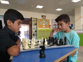 رقابت شطرنج بازان مرکز شماره ۲ اسفراین