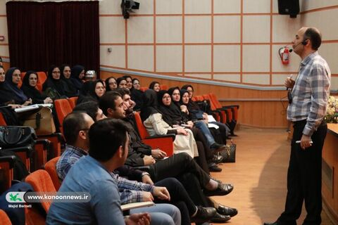 کارگاه آموزش فن بیان در قصهگویی