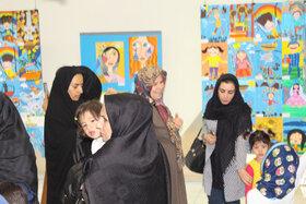 افتتاح نمایشگاه آثار نقاشی و سفال کارگاههای تابستانی مجتمع کانون تبریز