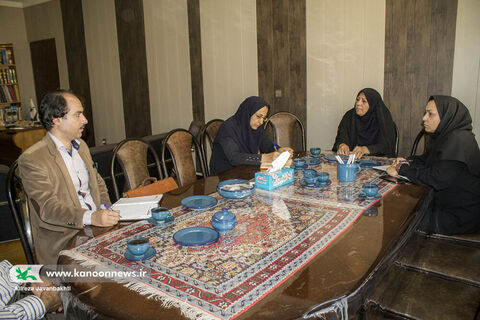 نشست مشترک مدیرکل کانون استان همدان و سازمان فرهنگی شهرداری