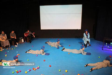 تئاتر هوشنگ لاک پشته