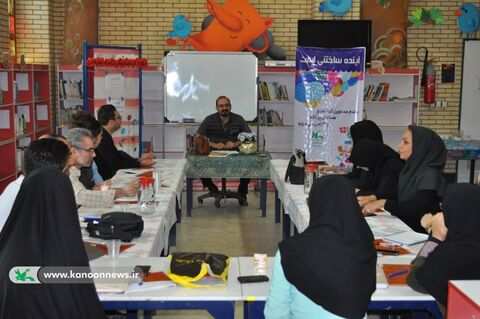 دوره آموزشی «نمایشنامهنویسی» در زنجان برگزار شد