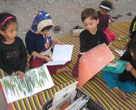 تابستان شاد با کتابخانه سیار روستایی داراب