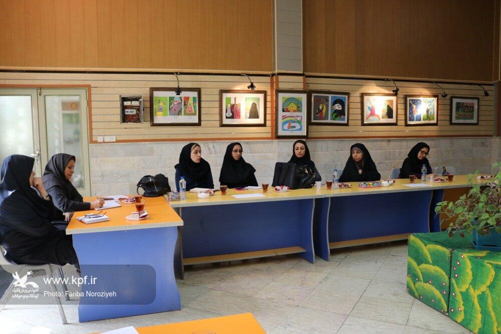 نشست دستگاهها در خصوص برنامه های هفته ملی کودک