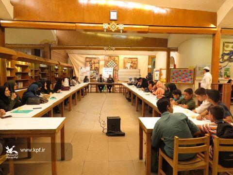 نشست تخصصی اعضاء انجمن قصه گویی در اصفهان برگزار شد