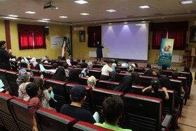 آغاز هفته کودک برای کودکان مناطق محروم تبریز با اجرای برنامههای متنوع توسط کتابخانه سیار شهری تبریز