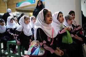 استقبال کودکان و نوجوانان ناشنوا و کم شنوا از هفته ملی کودک