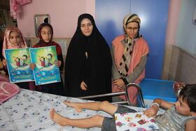 عیادت مسئولان استانی از کودکان بیمار