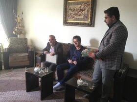 دیدار مدیر کل کانون استان آذربایجان شرقی با خانواده شهید محرم شهبازیان
