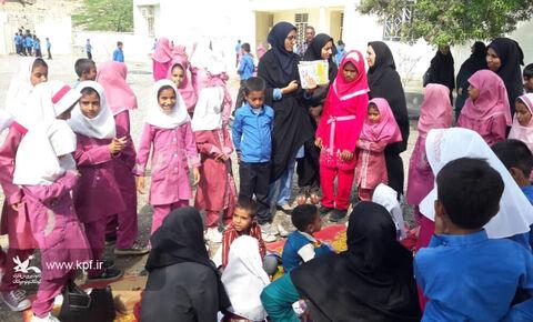آغاز جشنهای هفته ملی کودک سیریک در روستای محروم جیفری