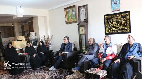 مدیر کل کانون فارس با فرزندان شهید نصیری بیات دیدار کرد