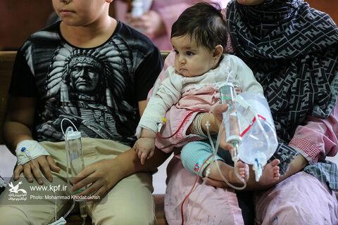 عیادت از کودکان بستری بیمارستان کودکان بهرامی