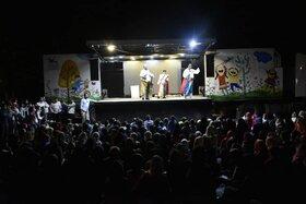 اجرای برنامههای«پیک امید» کانون در کهگیلویه و بویراحمد