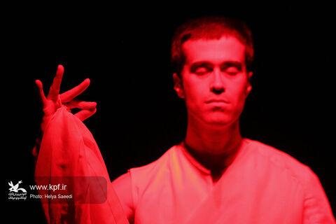 اجرا نمایش «بیچیز» در مرکز تئاتر کانون