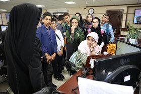 بازدید اعضای فعال مراکز کانون از خبرگزاری فارس