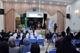 جشنواره استانی قصهگویی اردبیل چراغ خود را روشن کرد