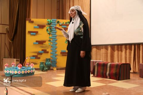 اولین روز جشنواره قصه گویی در کانون ایلام