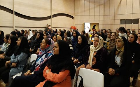 """برگزاری کارگاه آموزشی """"خانواده های شاد """" در مرکز شماره یک مریوان"""