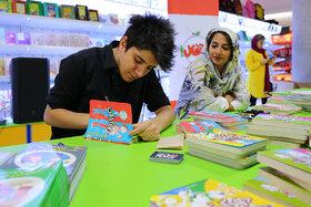 دیدار و نشست اعضاء کانون با نویسندگان و تصویرگران کتاب کودک و نوجوان