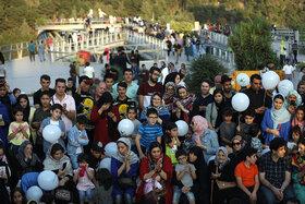 حضور پرشور کودکان و نوجوانان در برنامههای آخرین روز «هفته ملی کودک»