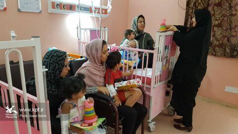 عیادت از کودکان بستری در بیمارستان الغدیر ابهر