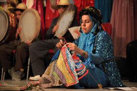 قصه گویان برگزیده جشنواره قصه گویی در کرمانشاه تجلیل شدند(۲)
