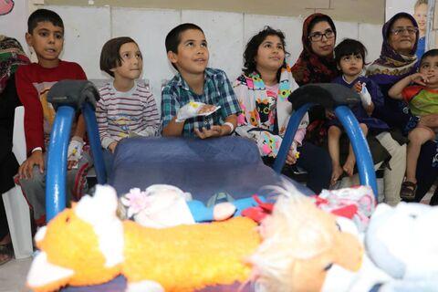 عیادت و دلجویی قصهگوی گلستانی از کودکان بیمار