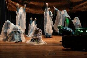اجرای نمایش «دختر خورشید» در سالن سینما تئاتر کانون بوشهر