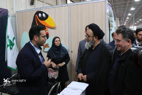 بازدید مسئولان استانی از فعالیتهای کانون آذربایجان شرقی