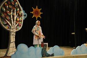 عصر نخستین روز برگزاری بیست و دومین جشنوارهی قصهگویی استان یزد- مهر ۹۸