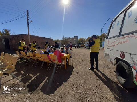 آغاز امداد فرهنگی کانون در مناطق زلزلهزده میانه در قالب طرح «پیک امید»