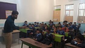 قصه گویان جشنواره منطقه ۵ کشور برای دانشآموزان گرگانی قصه گفتند