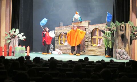 اجرای نمایش«هیس!ما یه نقشه داریم» در مجتمع کانون استان قزوین