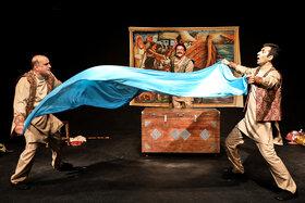نمایش «قصههای سفر پرماجرای کشتی نوح» در مرکز تئاتر کانون