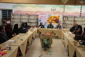 نشست تخصصی قصه گویی با حضور داوران جشنواره برگزار شد