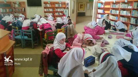 ويژهبرنامههاي هفته كتابوكتابخواني در مركز كانون پرورش فكري شهرستان سنقر