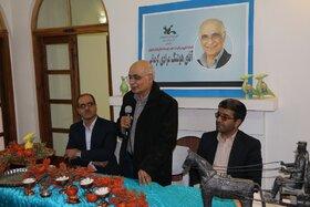 دیدار با مردی که  نامش سند اعتبار ادبیات داستانی ایران  است