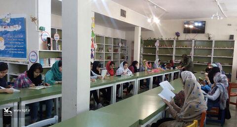 عضو کانون لرستان در مسابقات«کتاب دوست داشتنی من» برگزیده شد
