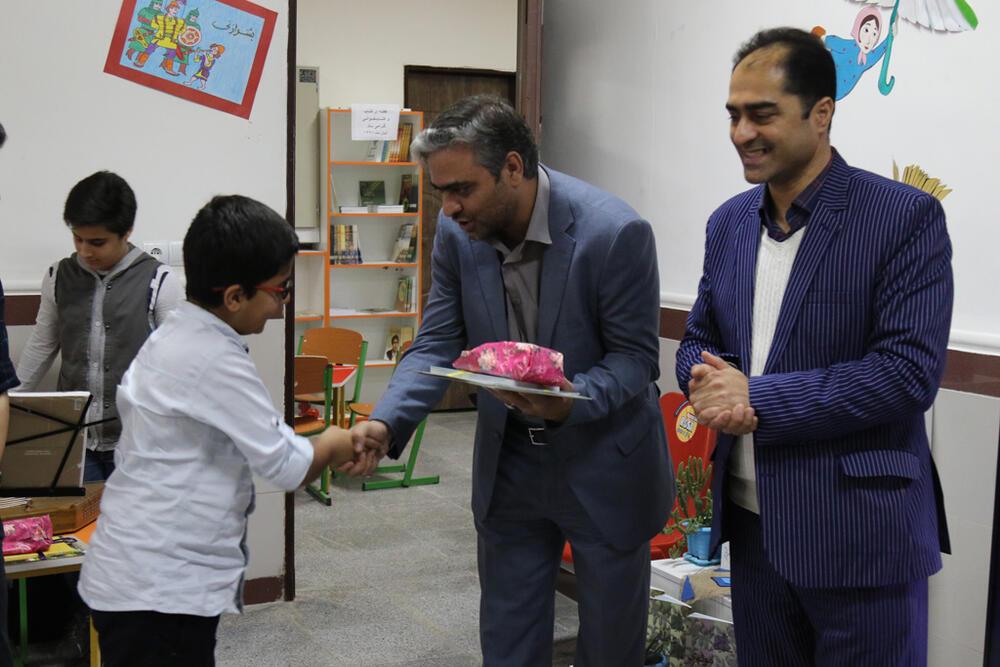 از برگزیدگان مهرواره توسعه کتابخوانی کانون پرورش فکری مازندران تقدیر شد