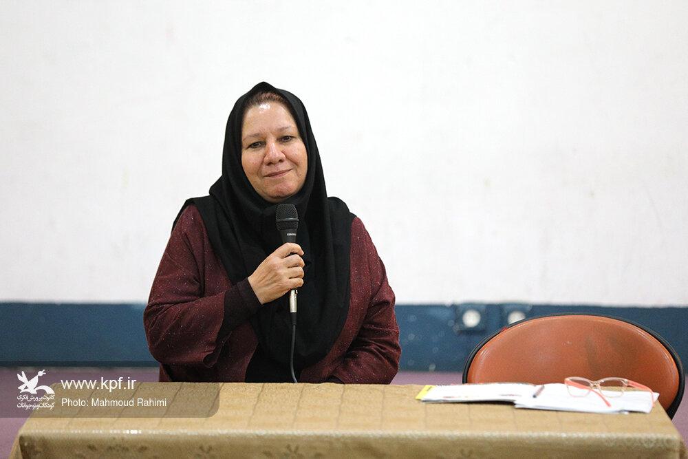 زهره پریرخ: توجه به باورهای نو در بازنویسی قصهها مهم است