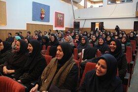 گردهمایی یک روزه مربیان و کارکنان کانون استان مرکزی