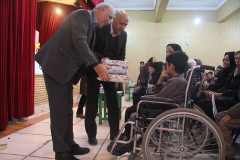 گزارش تصویری ویژه برنامه بزرگداشت روز جهانی معلولان در مرکز شماره سه ارومیه