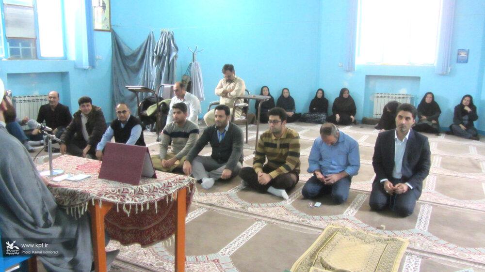 حلقه صالحین کانون لرستان برگزار شد