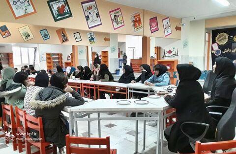 """انجمن قصهگویی """"قاف مثل قصه"""" در مرکز شماره ۳ کانون پرورش فکری کرمانشاه برگزار شد"""