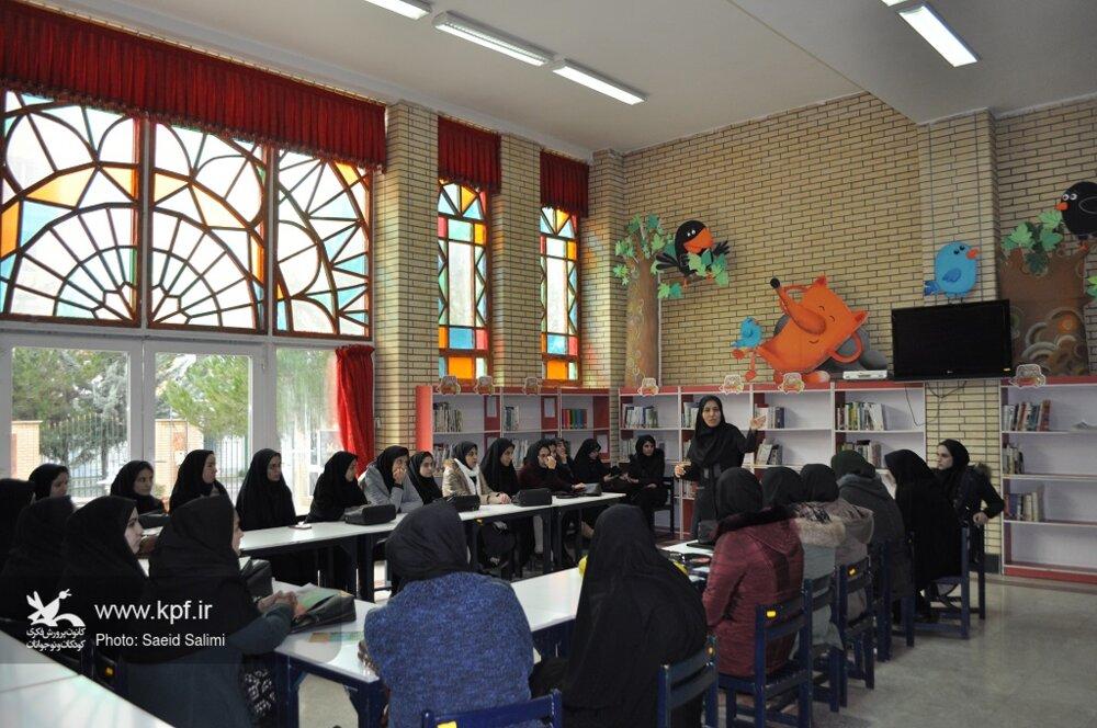 بازدید دانشجویان دانشگاه الزهرا زنجان از کانون پرورش فکری