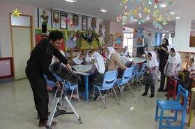 گرامیداشت هفته پژوهش در مرکز یک کانون پارسآباد